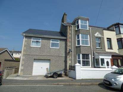 5 Bedrooms Semi Detached House for sale in Windsor Villas, Llanfawr Road, Holyhead, Sir Ynys Mon, LL65