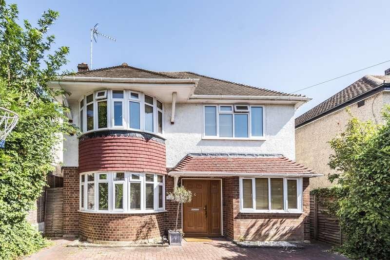 4 Bedrooms Detached House for sale in Tudor Drive, Kingston Upon Thames, KT2