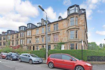 3 Bedrooms Flat for sale in Hayburn Crescent, Hyndland