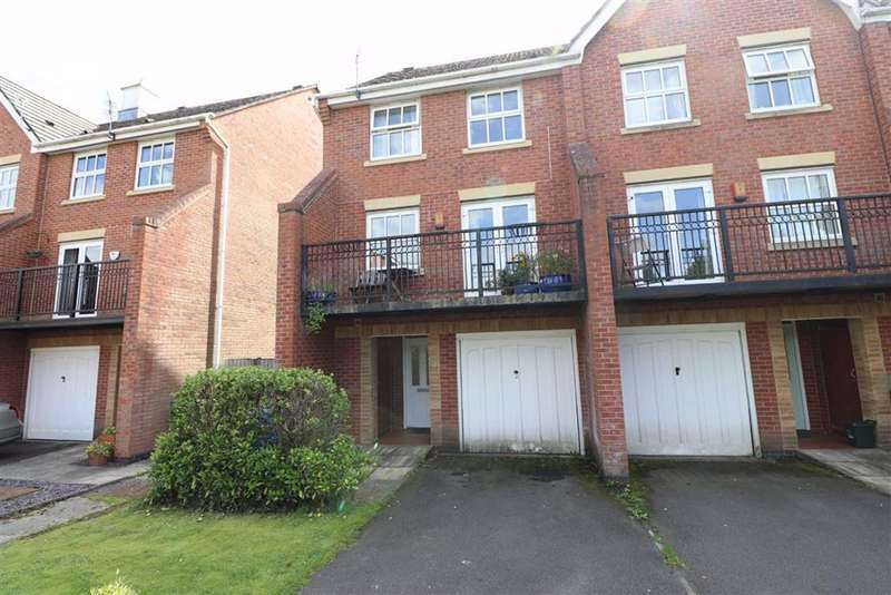 4 Bedrooms End Of Terrace House for sale in Holden Avenue, Whalley Range, Manchester, M16