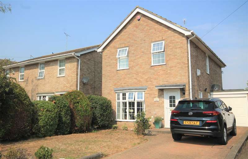 4 Bedrooms Detached House for sale in Clacton Road, St Osyth
