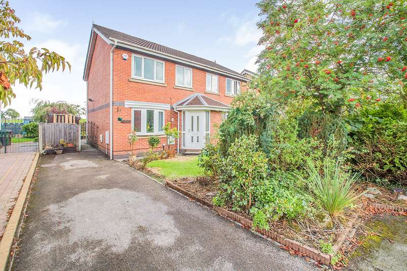 3 Bedrooms Semi Detached House for sale in Haseley Close, Radcliffe, M26