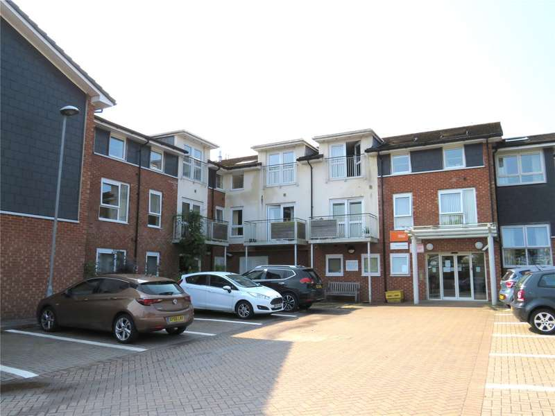 2 Bedrooms Flat for sale in Manor Gardens, Hough Fold Way, Bolton, Greater Manchester, BL2