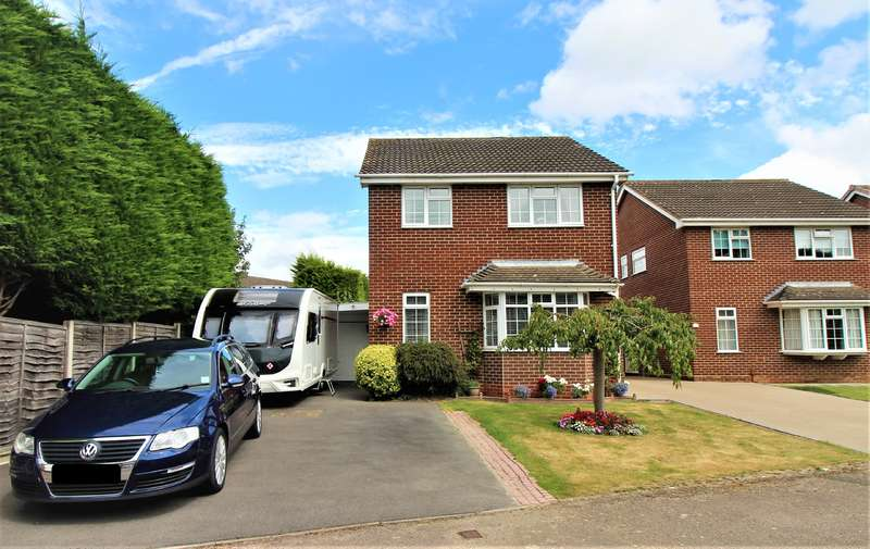 3 Bedrooms Detached House for sale in GOLDEN VALLEY, GL51