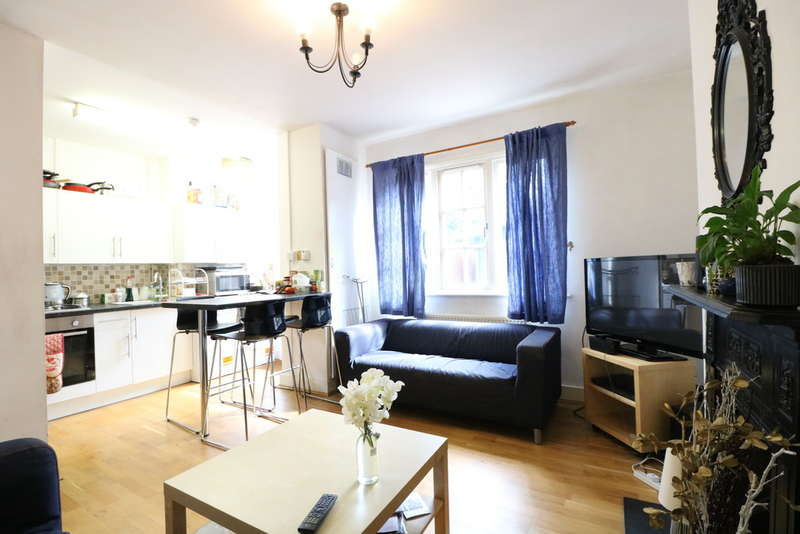 4 Bedrooms Terraced House for rent in Old Oak Common Lane, London