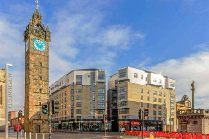 2 Bedrooms Flat for sale in Gallowgate, Glasgow Cross