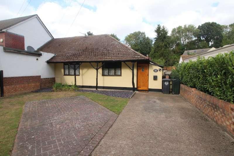 3 Bedrooms Semi Detached Bungalow for sale in Southfleet Road, Bean, Dartford, Kent, DA2