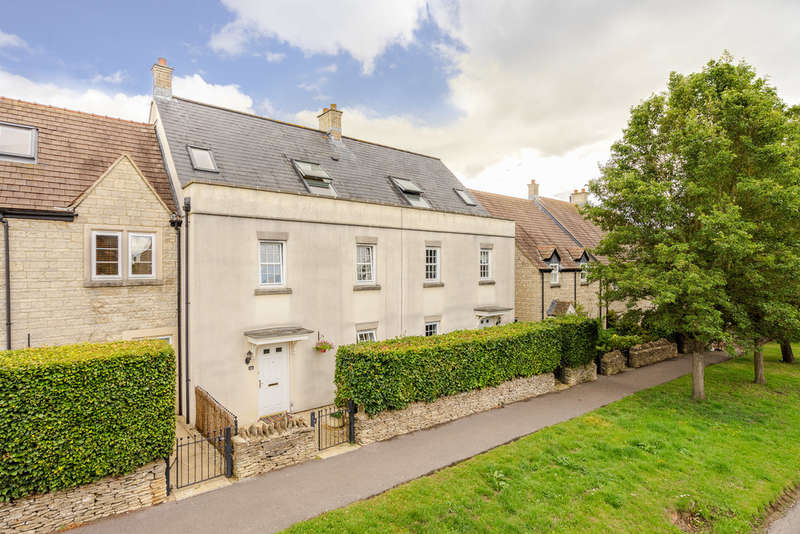 4 Bedrooms Terraced House for sale in Strongs Close, Sherston