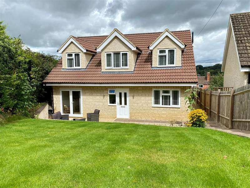 4 Bedrooms Detached House for sale in Fort Lane, Dursley, GL11 4LH