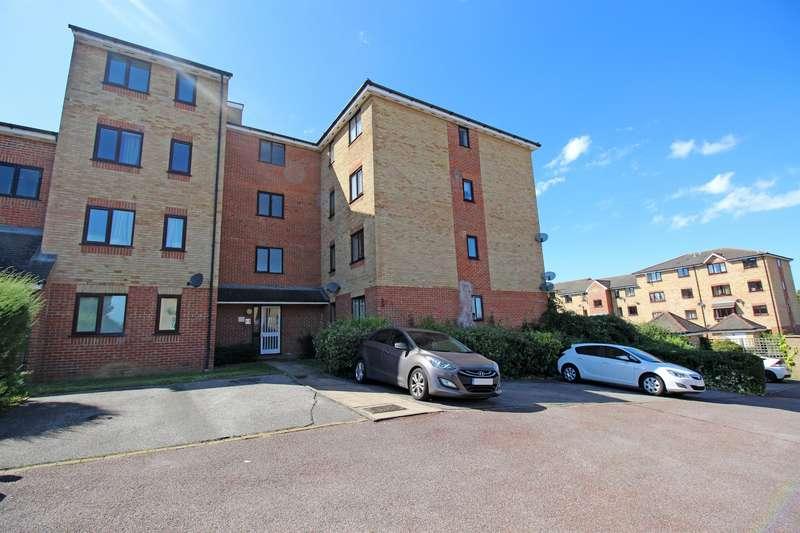 2 Bedrooms Flat for sale in Prestatyn Close, Stevenage, SG1 2AJ