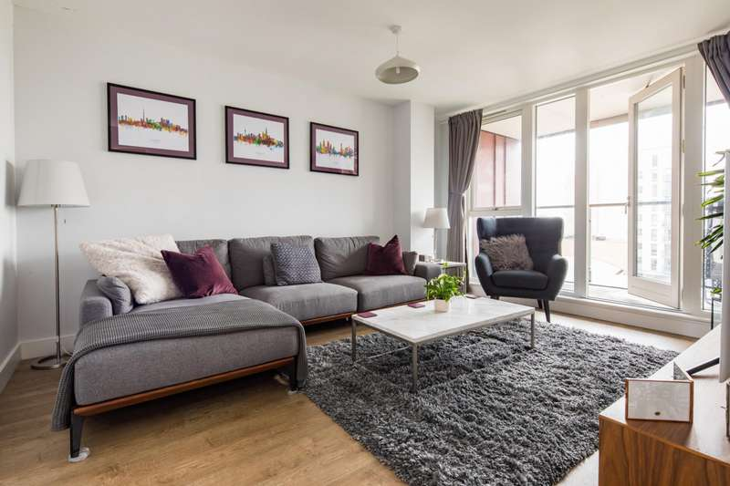3 Bedrooms Flat for sale in Ancora House, E14