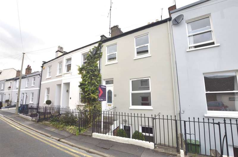 3 Bedrooms Terraced House for sale in St. Lukes Place, Cheltenham, Gloucestershire, GL53