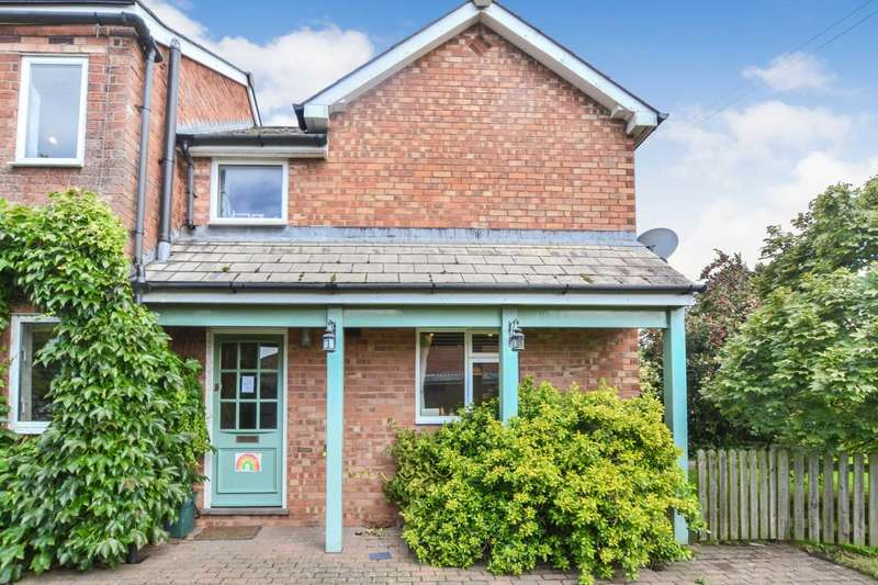 2 Bedrooms Semi Detached House for sale in Church Lane, Leigh, Gloucestershire