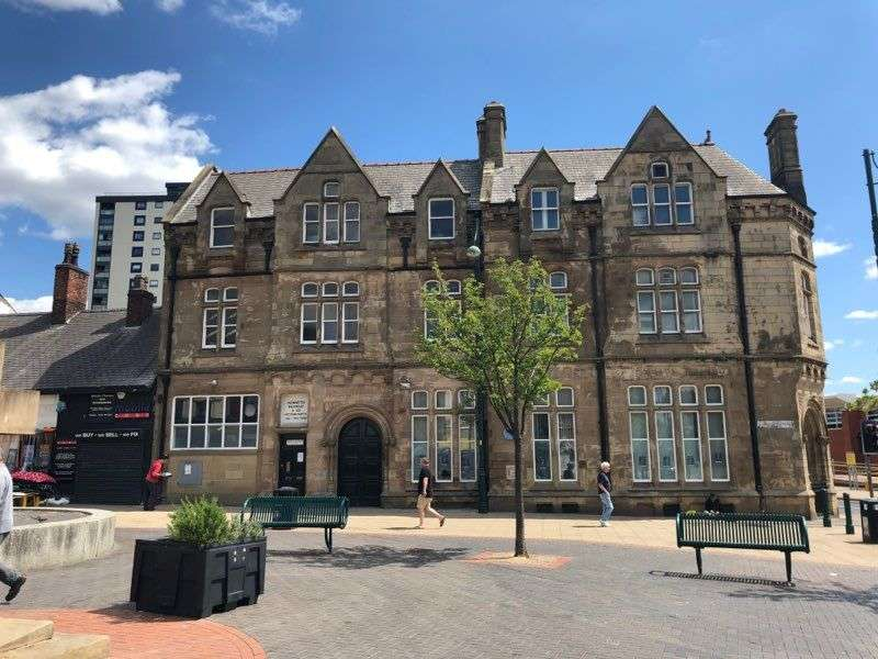 2 Bedrooms Apartment Flat for rent in Church Street, Salford, M30 0BJ