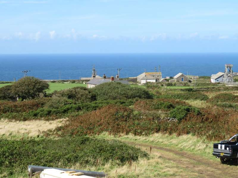 3 Bedrooms Detached House for sale in Wheabal, Pendeen