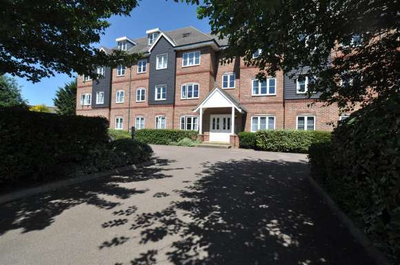 1 Bedroom Property for sale in Cadwell Lane, Hitchin