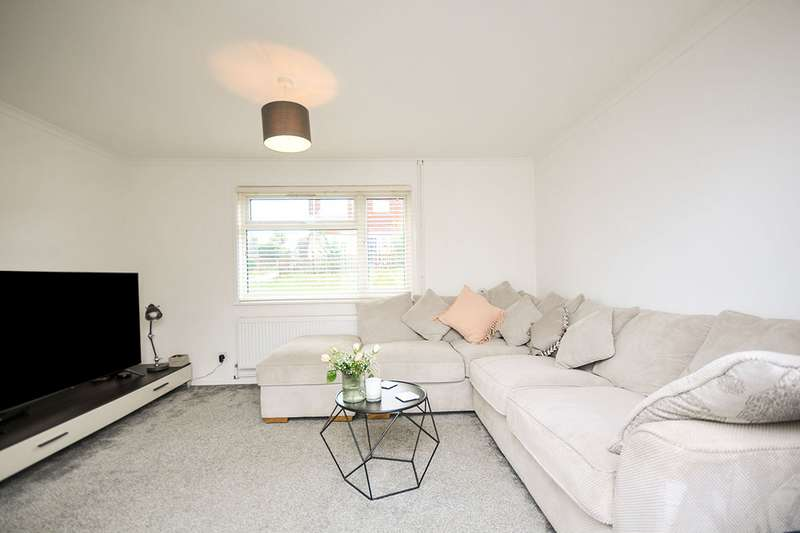2 Bedrooms End Of Terrace House for sale in Juniper Walk, Swanley, Kent, BR8