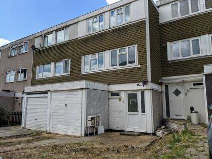 4 Bedrooms Terraced House for sale in Southend-On-Sea, Southend, Essex