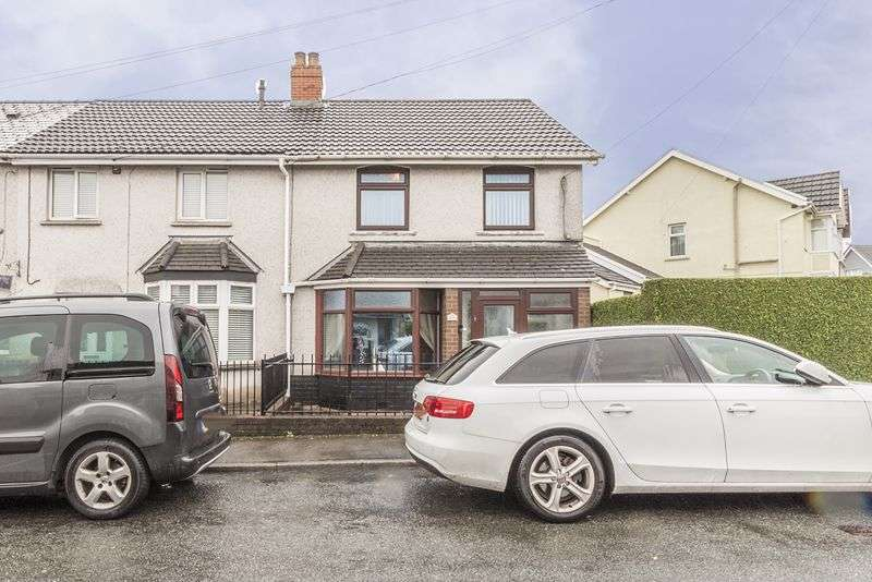 3 Bedrooms Property for sale in Bedwellty Road Cefn Fforest, Blackwood
