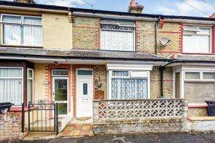 3 Bedrooms Terraced House for sale in Fairlight Avenue, Ramsgate, Kent, .