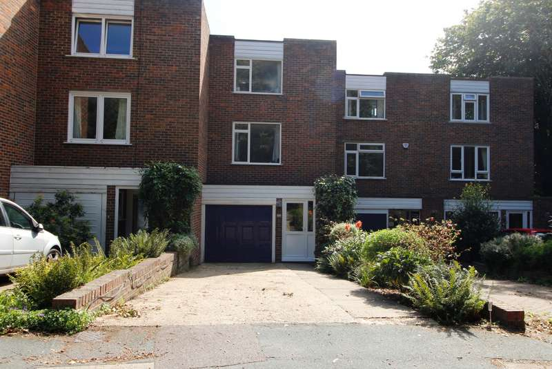 3 Bedrooms Terraced House for sale in Townfield, Rickmansworth, WD3