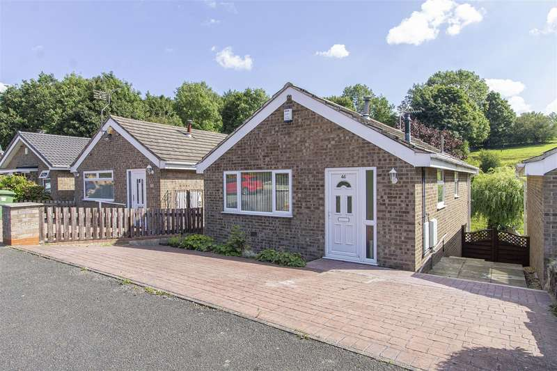 3 Bedrooms Detached House for sale in Staffa Drive, Tibshelf, Alfreton