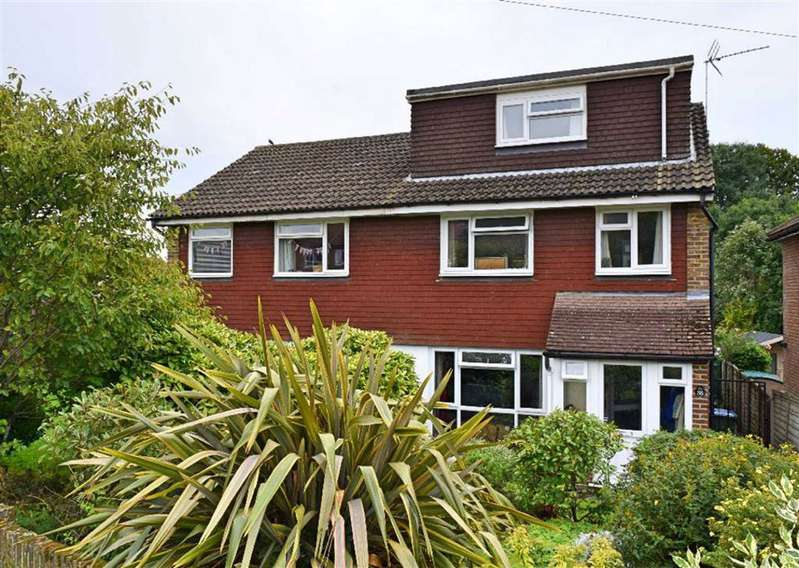 4 Bedrooms Semi Detached House for sale in Dynes Road, Kemsing, TN15