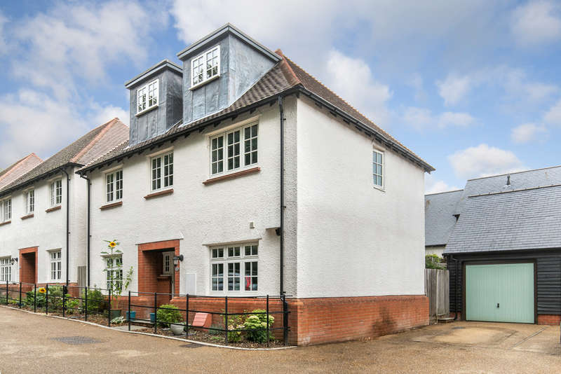 5 Bedrooms Detached House for sale in Monks Walk, Abbott's Barton, Winchester, SO23