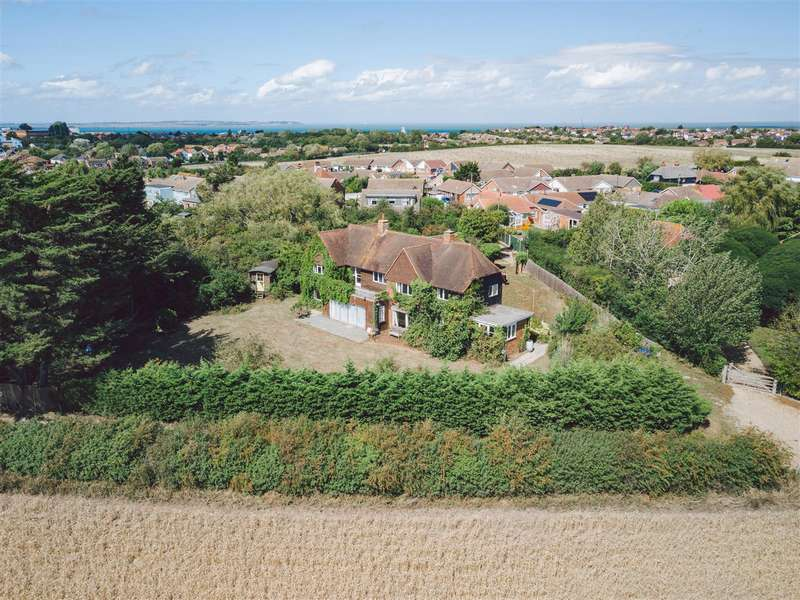 5 Bedrooms Detached House for sale in Rayham Road, Whitstable