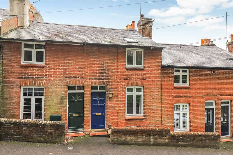 3 Bedrooms Terraced House for sale in Clifton Road, Orams Arbour, SO22