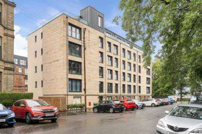 2 Bedrooms Flat for sale in Broomhill Avenue, Broomhill