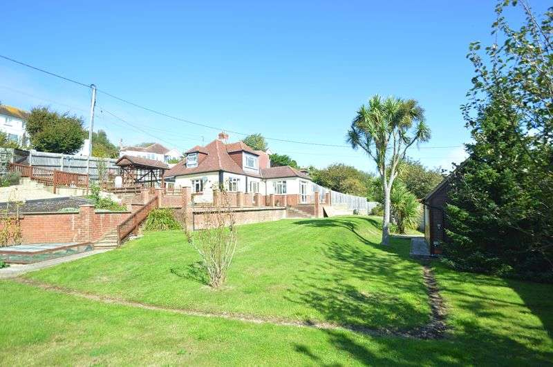 3 Bedrooms Property for sale in LARGE GARDENS * LUCCOMBE