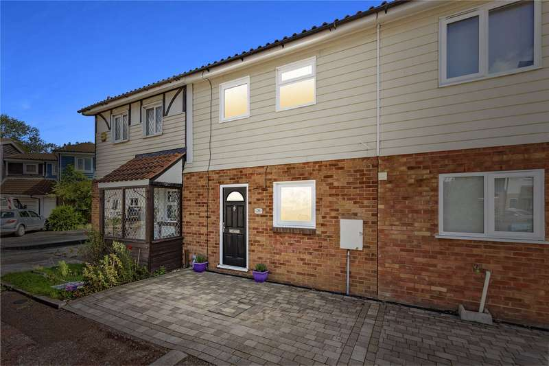 3 Bedrooms Terraced House for sale in Voysey Gardens, Basildon, SS13