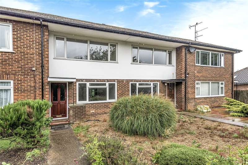 2 Bedrooms Maisonette Flat for sale in Uxbridge Road, Mill End, Rickmansworth, Hertfordshire, WD3