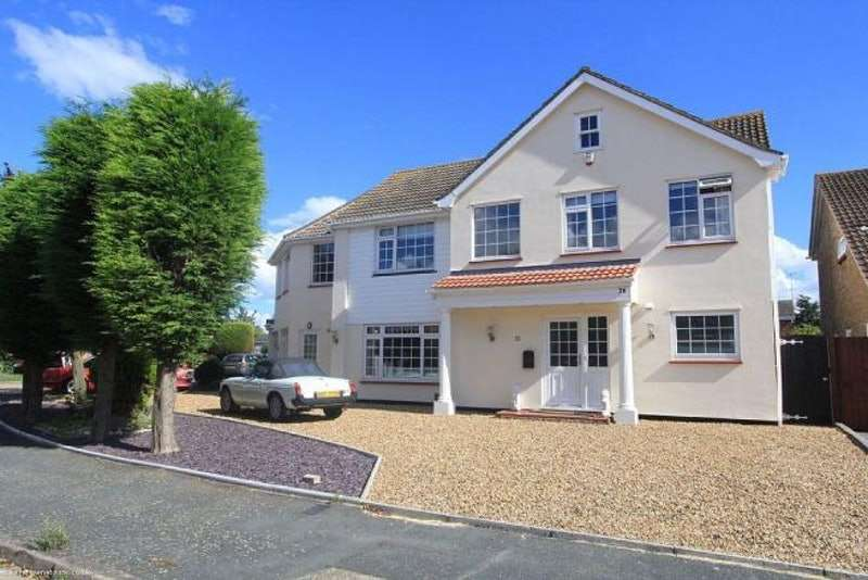 5 Bedrooms Detached House for sale in Plymtree, Southend-on-Sea, Essex, SS1
