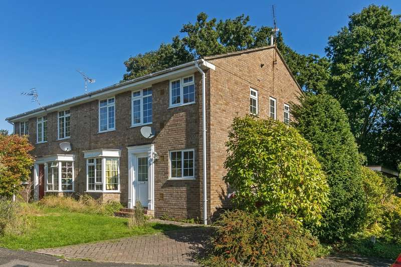 2 Bedrooms Maisonette Flat for sale in Cavendish Grove, Abbott's Barton, Winchester, SO23