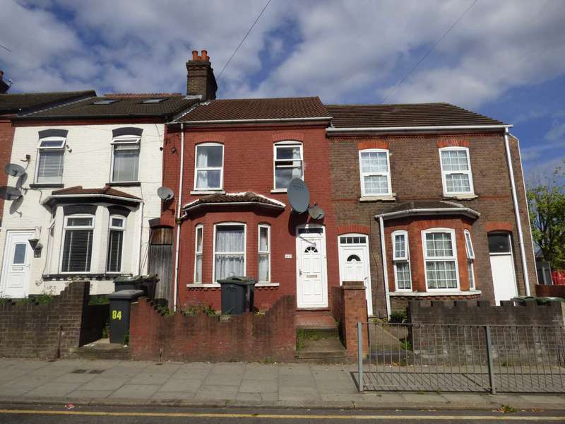 4 Bedrooms Terraced House for sale in LARGE Property on Dallow Road, Luton