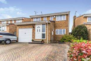4 Bedrooms Detached House for sale in Goldsmith Road, Gillingham, Kent, .