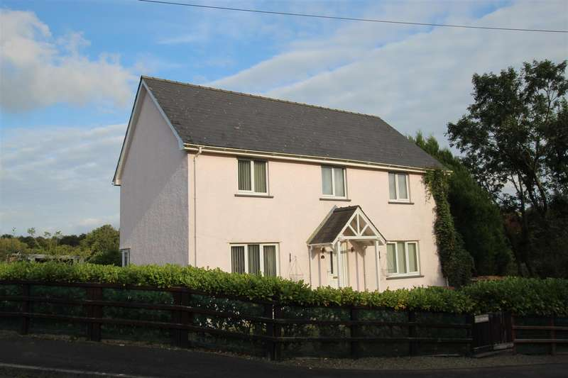 4 Bedrooms Detached House for sale in Mydroilyn, Lampeter