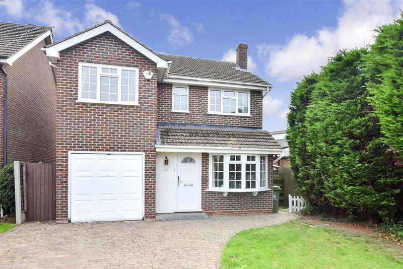 4 Bedrooms Detached House for sale in Fernbank, , Billericay, Essex