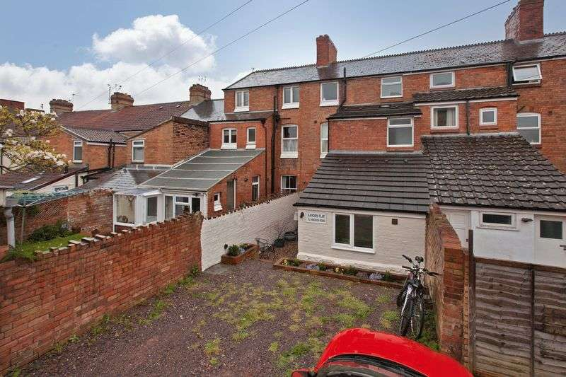 Property for rent in Cheddon Road, Taunton