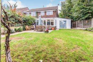 3 Bedrooms End Of Terrace House for sale in Masefield Road, Larkfield, Aylesford, Kent