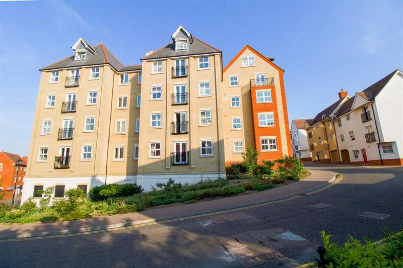 5 Bedrooms Apartment Flat for sale in Henry Laver Court, St Marys, Colchester, CO3