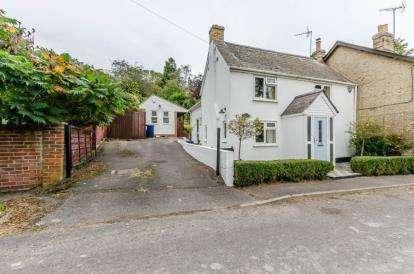 3 Bedrooms Semi Detached House for sale in Croydon, Royston, Cambridgeshire