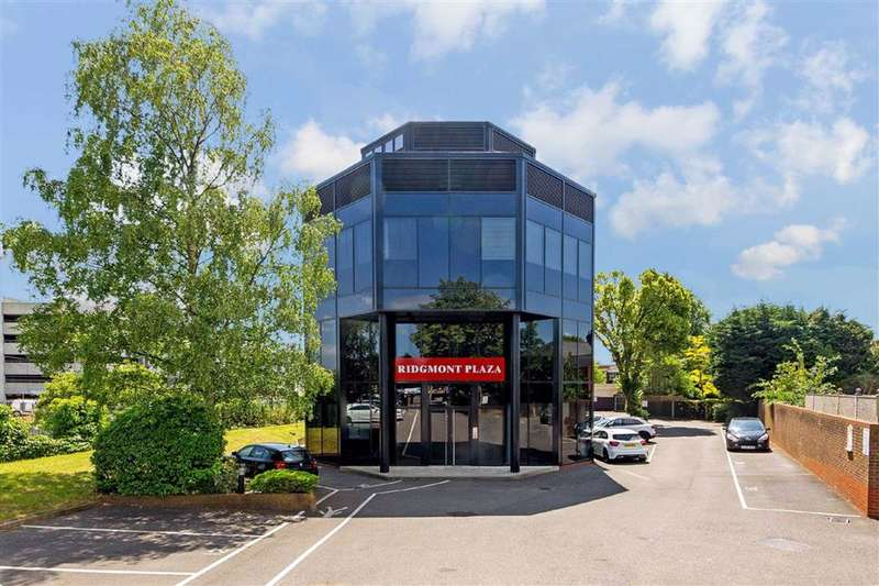 1 Bedroom Property for sale in Ridgmont Plaza, St Albans, Hertfordshire - AL1 3AB