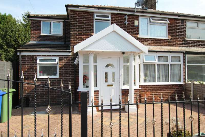 5 Bedrooms Semi Detached House for sale in Atherstone Avenue, Manchester