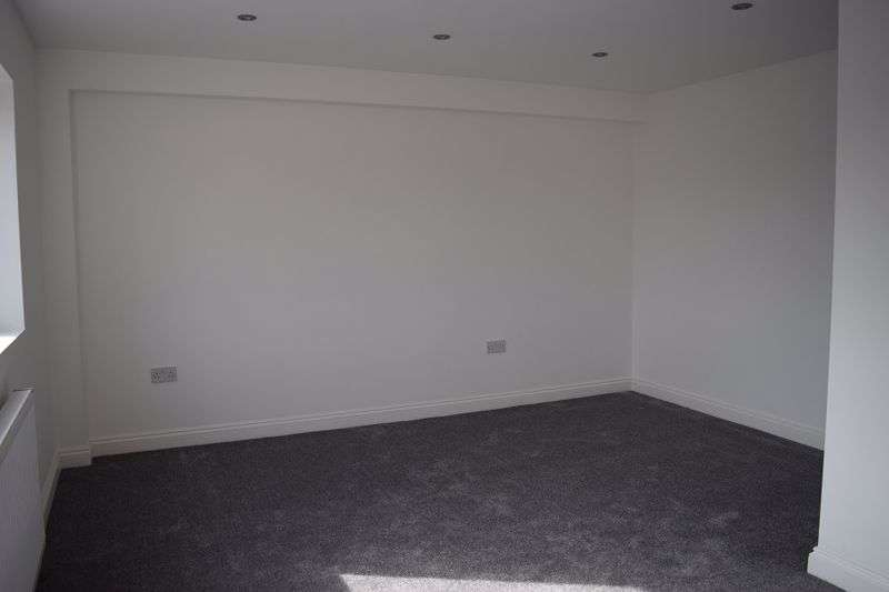 2 Bedrooms Property for sale in Bellegrove Road, Welling