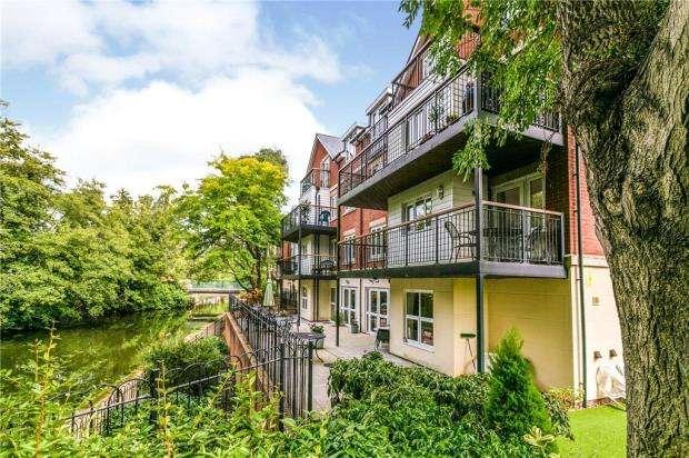 2 Bedrooms Retirement Property for sale in Waterside Lodge, Bradford Street, Tonbridge