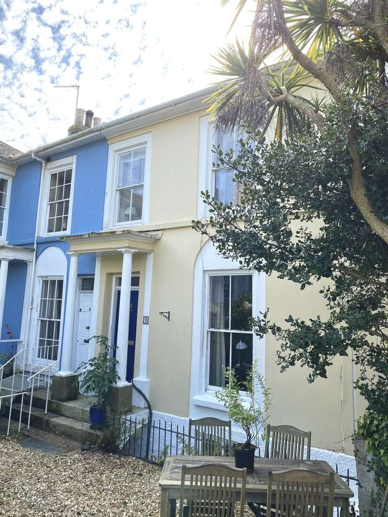 3 Bedrooms Terraced House for sale in Regent Square, Penzance