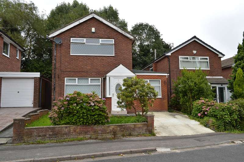 3 Bedrooms Detached House for sale in Cennick Close, Oldham, OL4 3BA